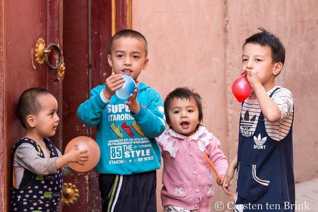 Kashgar kids
